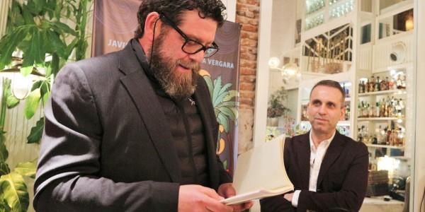 mario zorrilla durante la presentacion de la novela madre patria